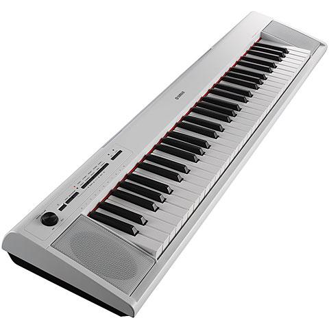 Yamaha Piaggero NP-12 WH